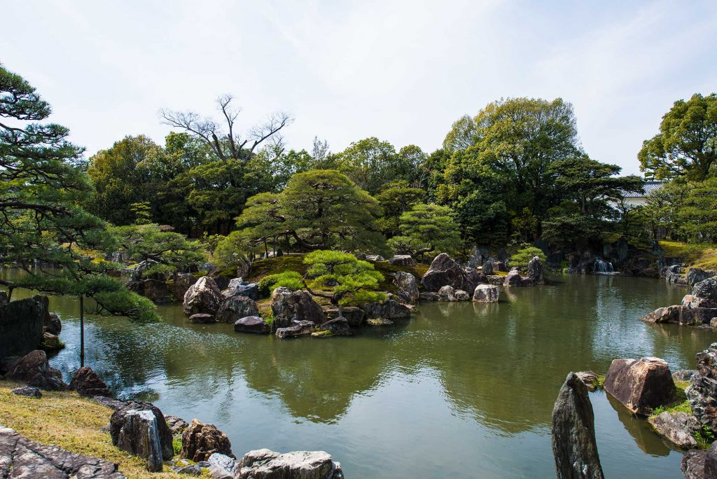 the gardens at Nijo Castle